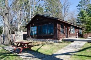 cabin1b