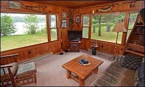 cabin20_livingroom