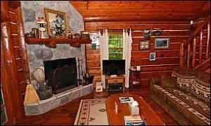 cabin25_livingroom