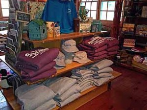 grand-pines-store_5