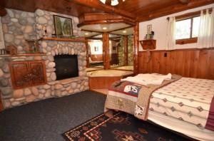 Bedroom_w__Fireplace (1)