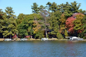 Fall_on_Little_Round_Lake