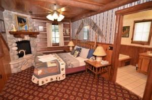 Loft_bedroom_suite