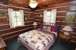 One_of_three_bedrooms (1)