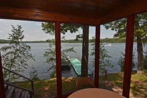 waterfront_cabin_rental