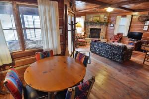 grand-pines-cabin1-6