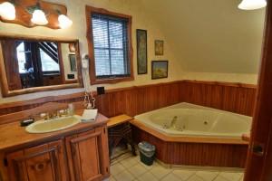 grand-pines-cabin10-32