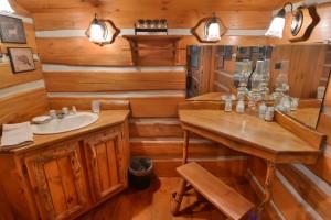 grand-pines-cabin11-13