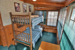 grand-pines-cabin11-17