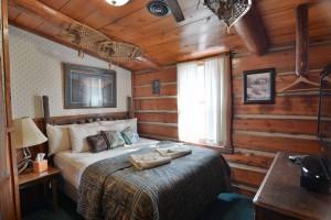 grand-pines-cabin2-10