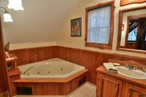 grand-pines-cabin22-30