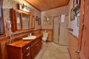 grand-pines-cabin28-38