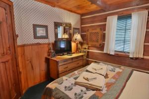grand-pines-cabin9-16